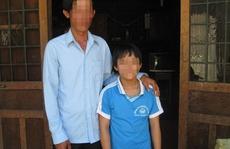Xót lòng bé 11 tuổi có 2 bộ phận sinh dục