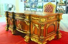 Đồ nội thất dát vàng bằng tay giá trăm triệu ở Sài Gòn
