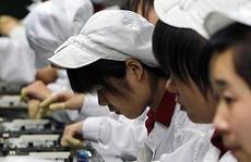 """Ung thư """"ám"""" công nhân sản xuất iPhone"""