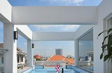 Nhà ống 76 m2 với hồ bơi trên sân thượng