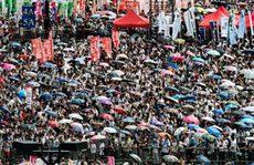 Biển người biểu tình đòi dân chủ ở Hồng Kông