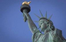 Tượng Nữ thần Tự do khổ sở vì biến đổi khí hậu