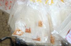 5 loại thức ăn bằng mọi giá phải mang theo khi du lịch nước ngoài