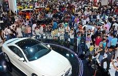 Cuối năm, mua sắm ô tô sôi động