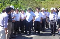 Bộ trưởng Đinh La Thăng: 'Đường thế này mà thu tiền của dân à?'