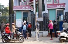 Nhiều người bức xúc vì cột ATM hết tiền