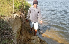 Tùy tiện cho phép khai thác cát
