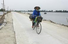 Hợp sức ngăn sông làm đường