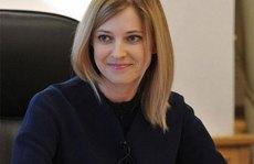 Crimea: Nữ bộ trưởng xinh đẹp lấn sân làng giải trí