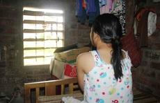Tạm giam 'ông hàng xóm' làm bé gái 15 tuổi có bầu