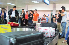 Công an điều tra vụ khách đi máy bay mất iPad