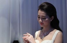 Trang sức bằng sứ dành cho ngày cưới