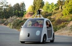 Vì an toàn, Google phải thêm vô lăng cho xe tự lái