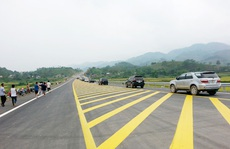Thông xe thêm gần 50 km đường cao tốc Nội Bài-Lào Cai