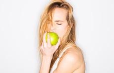 Ăn nhiều táo giúp tăng khoái cảm tình dục ở phụ nữ