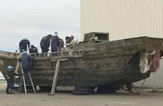 Nhật Bản điều tra 11 con tàu lạ chở đầy thi thể
