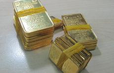Giá vàng giảm chóng mặt, doanh nghiệp lo ngại