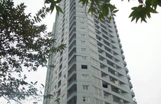 Hà Nội: Bé trai 5 tuổi rơi từ tầng 22 xuống đất