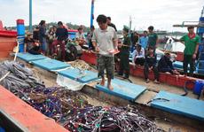 Tàu Trung Quốc tấn công, cướp tài sản của ngư dân