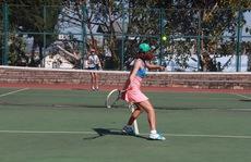 Khai mạc giải quần vợt vô địch nữ toàn quốc 2015