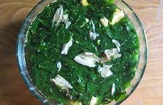 Cá rô nấu rau ngót, ấm lòng ngày mưa