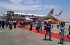 Bay dịp Tết, một hành khách nhận được thông báo lùi chuyến bay 3 ngày