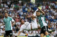 James Rodriguez lập siêu phẩm 'ngả bàn đèn', Real Madrid thắng 5 sao