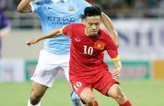 Việt Nam - Man City 1-8: Văn Quyết ghi bàn danh dự