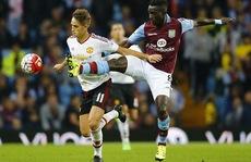 Thắng chật vật Aston Villa 1-0, Man United lên ngôi đầu bảng