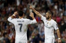Ronaldo lập hat-trick, ngày vàng của bóng đá Tây Ban Nha