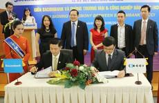 Vốn hóa Sacombank gấp 9 lần Ngân hàng Phương Nam