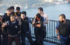 Thổ Nhĩ Kỳ: Lính đảo chính bị 'chặt đầu'