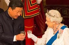 """Nữ hoàng Anh chê quan chức Trung Quốc """"thô lỗ"""""""