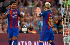 Xem pha kiến tạo không tưởng của Messi cho Suarez