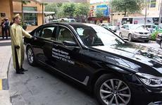 BMW - phương tiện đưa đón chính khách trong các sự kiện lớn