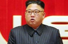 Ông Kim Jong-un làm cấp dưới rớt nước mắt