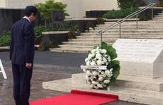 Thủ tướng Nhật Bản Shinzo Abe tới Trân Châu Cảng