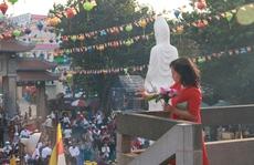 Người Sài Gòn nô nức lễ chùa, phóng sinh đầu năm