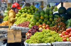 Trái cây ngoại áp đảo thị trường