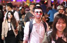 'Ma quái' ghê rợn xuất hiện khắp nơi trong đêm Halloween Sài Gòn