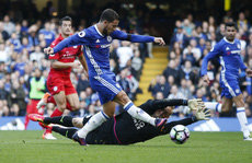 Thua Chelsea, Leicester lâm nguy