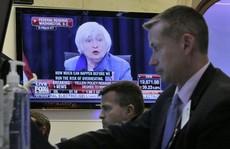 FED tăng lãi suất, giá vàng xuống đáy