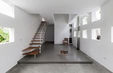 Ngôi nhà trắng hiện đại ở Vinh lên báo Tây