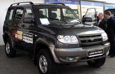 Xe Nga khó chinh phục thị trường Việt