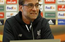 HLV Klopp: Ai bảo Van Gaal không biết gì về bóng đá?