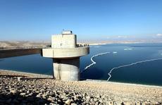 'Bom' nước chực chờ giết 1 triệu người Iraq