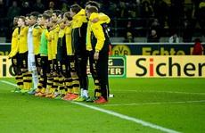 CĐV Dortmund đột tử trên khán đài