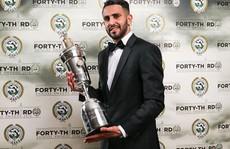 Mahrez đoạt danh hiệu Cầu thủ xuất sắc nhất năm