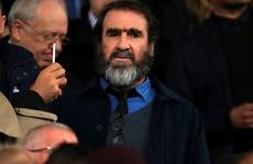 HLV Deschamps sẽ kiện huyền thoại Cantona