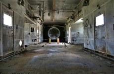 Đột nhập căn cứ không quân 'ma ám' từng chứa bom hạt nhân